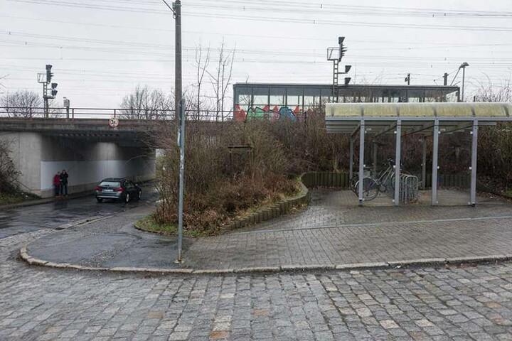 Am S-Bahnhof Zschachwitz ereignete sich im März die Tat.