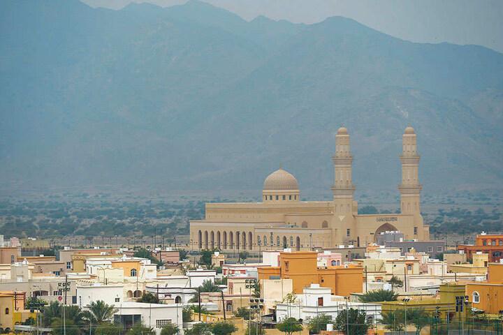 Ein Chemnitzer sitzt in Oman fest. Ein arabischer Wüstenstaat.