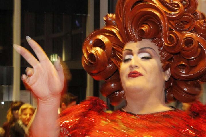 Bestes Outfit: Travestiekünstler Wommy Wonder.
