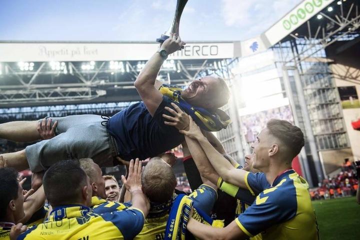 Alexander Zorniger (50) konnte am Donnerstag den dänischen Pokalsieg mit Brøndy IF feiern.