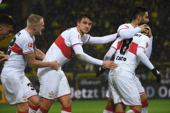 Beim Spiel gegen den BVB Anfang März (von links): Andreas Beck, Marc-Oliver Kempf, Ozan Kabak und Gonzalo Castro.