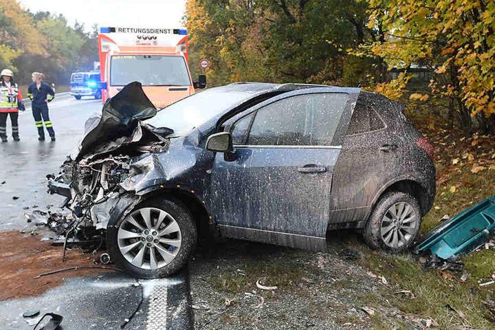 Die Fahrerin (51) des Opel wurde bei dem Unfall ebenfalls schwer verletzt.