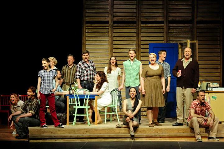 In einer erlesenen Besetzung renommierter Darsteller der deutschsprachigen Musicalszene ist diese szenische Neuproduktion erstmals in Chemnitz zu erleben.