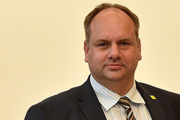 Das Einspeisen von Strom sei für Drittanbieter nicht mehr rentabel, meint OB Dirk Hilbert (45, FDP)