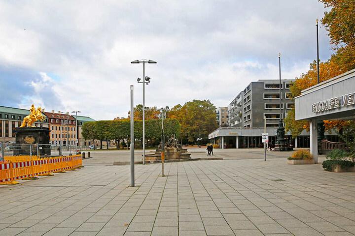 Am Neustädter Markt sollen laut FDP-Chef Zastrow die vorhandenen Platten saniert und moderne Neubauten errichtet werden.