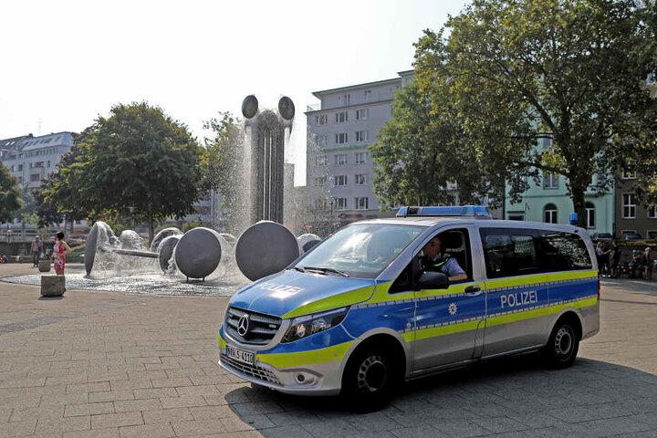 Nach einer tödlichen Auseinandersetzung zeigt die Polizei verstärkt Präsenz am Ebertplatz.