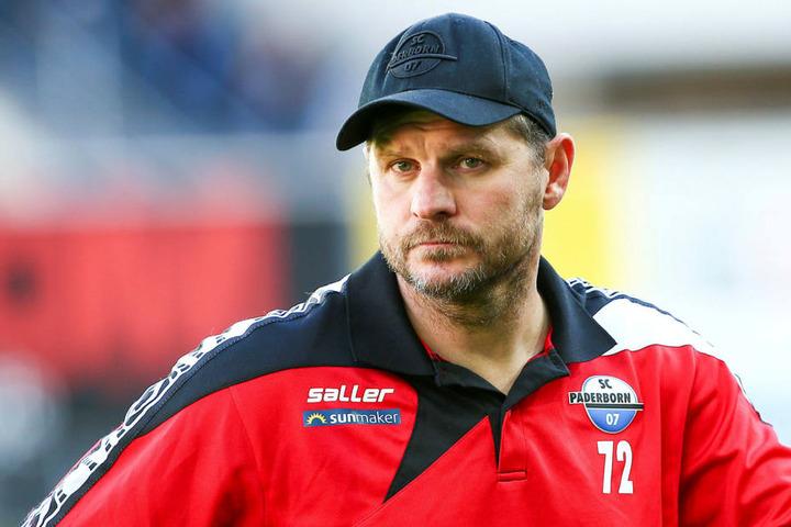 Paderborns Trainer Steffen Baumgart beobachtete den Pokalgegner zweimal höchstpersönlich im Alfred-Kunze-Sportpark.