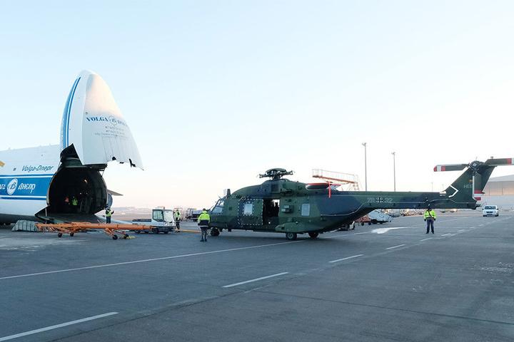 Der Hubschrauber des Typs NH90 soll zur Rettung von Verletzten auf der Mission eingesetzt werden.