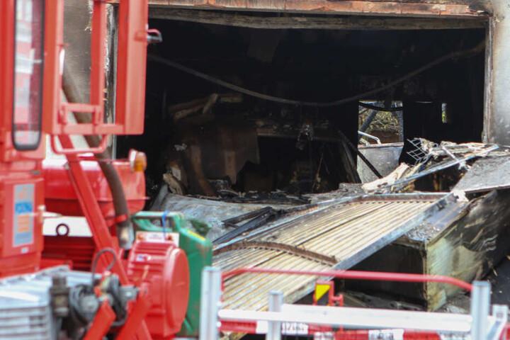 Die Explosion des Wohnhauses ist nach ersten Erkenntnissen vorsätzlich verursacht worden.