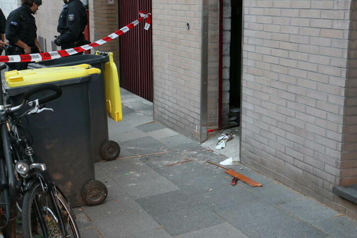 Der Mann hatte sich offenbar in einem Mülltonnenraum aufgehalten.