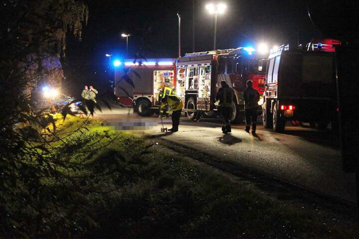 Der Fußgänger verstarb noch an der Unfallstelle.