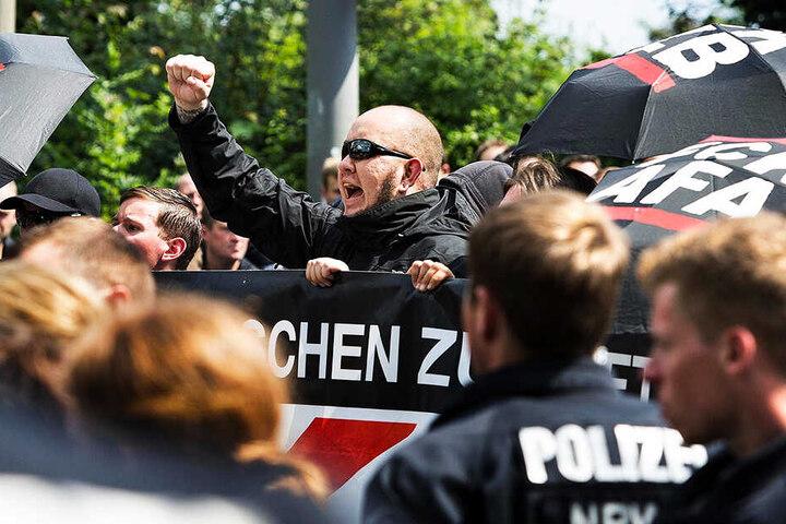 """Neonazis wollen unter dem Motto """"Tag der deutschen Zukunft"""" durch Chemnitz marschieren."""