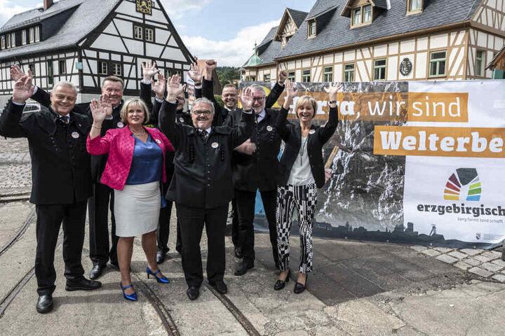 Jubel in Olbernhau: Politiker, Bergleute und Touristiker feierten am Sonntag den Titel.