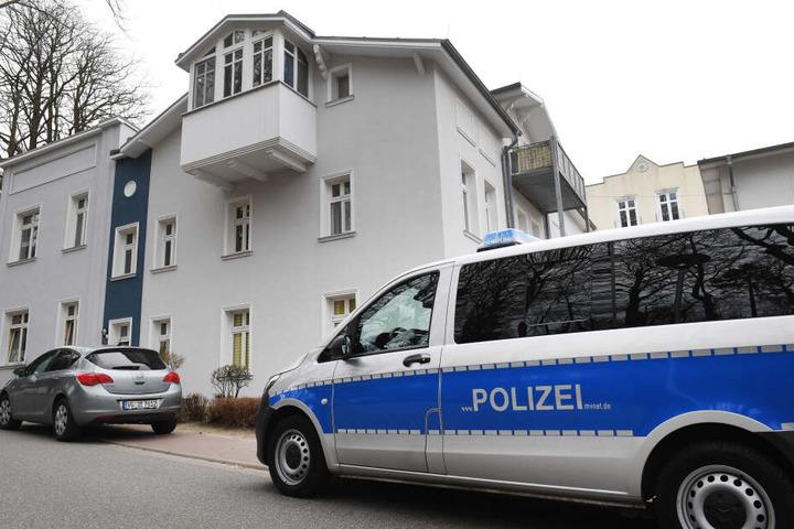 Die Polizei konnte bislang weder einen Tatverdächtigen noch die Tatwaffe ausfindig machen (Symbolbild).