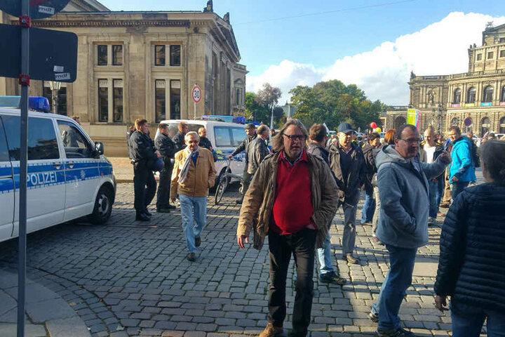 Kein Durchkommen in Richtung Taschenbergpalais.