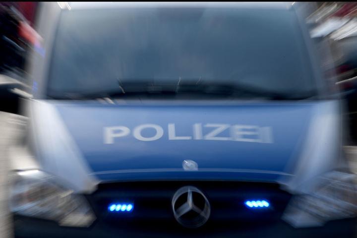 Die Polizei beschlagnahmte den Führerschein des 90-Jähirgen.