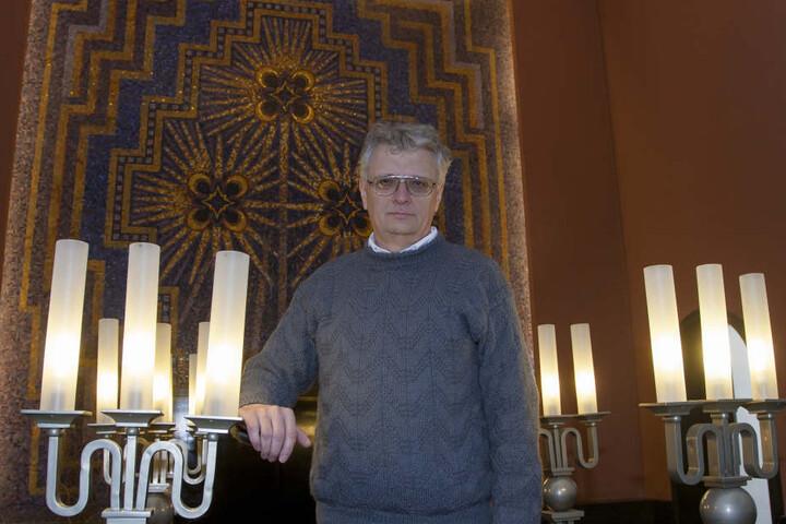 Krematoriums-Chef Jörg Schaldach (55) will seine Feierhalle immer mal wieder auch kulturell nutzen.