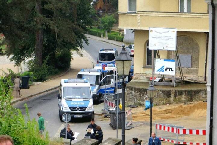 Die Polizei wird darüber wachen, dass zum Jahreswechsel an der Altstadtbrücke in Görlitz das Feuerwerksverbot eingehalten wird (Archivbild).