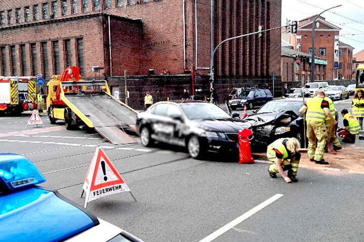 Während der Unfallaufnahme wurde die Könneritzstraße gesperrt.