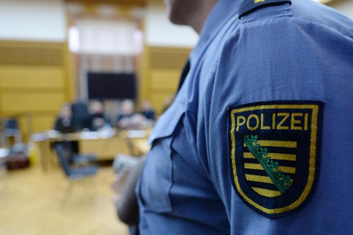 Die Polizei nahm den 16-Jährigen fest.