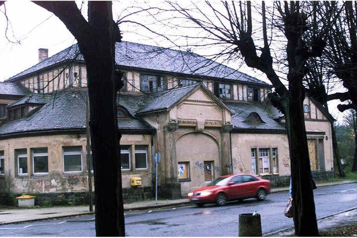 Schon 2002 machte das Jugendstil-Gebäude einen maroden Eindruck.
