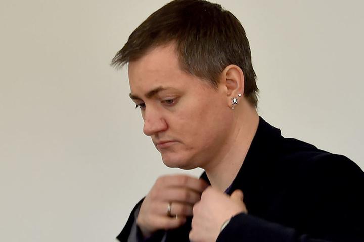 Der 37-Jährige wird von seinen Kollegen aus der Brandenburger Linke-Fraktion geworfen.