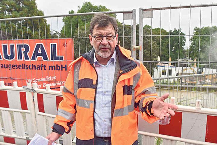 Reinhard Koettnitz (61), ist Chef des Straßen- und Tiefbauamtes.