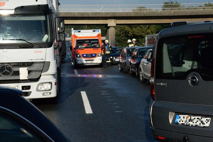 Die Autobahn wird mehrere Stunden gesperrt bleiben.