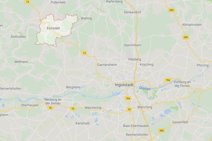 Auf einer Bundesstraße in Bayern ist es im Landkreis Eichstätt zu einem Verkehrsunfall gekommen.