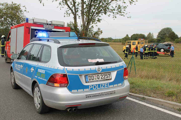 Der Fahrer musste schwerst verletzt ins Krankenhaus.