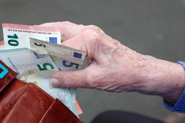 Geldbörse zu bei fadenscheinigen Nachfragen!