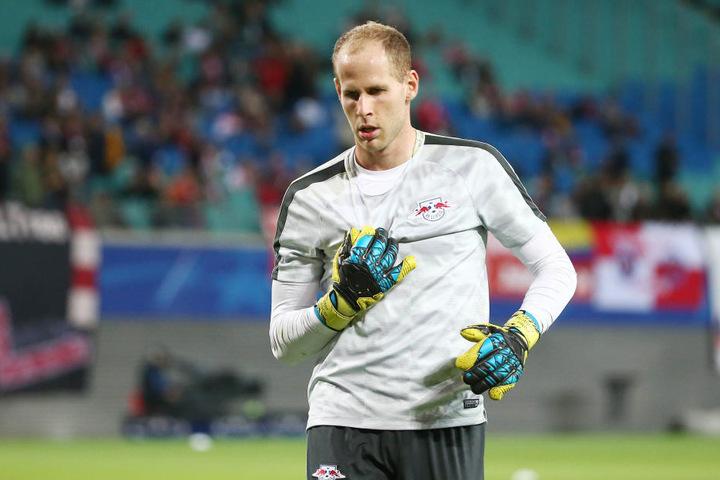 Auf dem Rücken trägt er seit dieser Saison die Nummer 1. Aber Péter Gulácsi (28) wird nicht mehr in allen Wettbewerben das Leipziger Tor hüten.