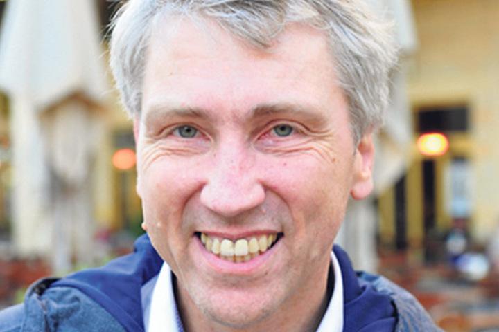 """Jens Schulze-Forster (52), Museumsleiter aus Dresden:""""Wer nicht wählt, kann nicht meckern. Ich bin klassischer Wechselwähler und auch jetzt noch unentschlossen. Wichtig ist mir lebenswertes Zukunftskonzept, das umwelt- und wirtschaftsfreundlich ist."""""""