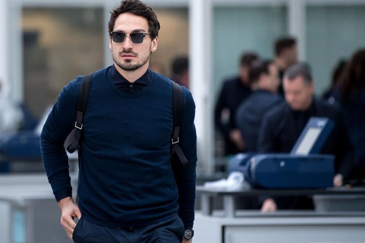 Erst Probleme mit Messi und Co., dann eine unruhige Landung in Dortmund. Für Mats Hummels gab es schon angenehmere Reisen.