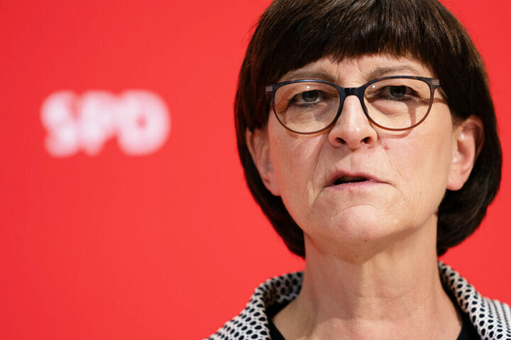 Partei-Chefin Saskia Esken besucht die Winterklausur der bayerischen SPD-Landtagsfraktion.