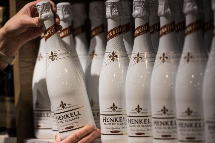 Henkell ist eine Tochtergesellschaft von Dr. Oetker.