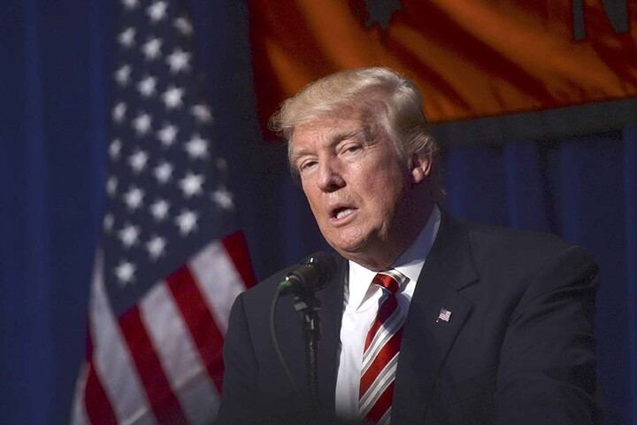 Donald Trump (70) könnte der große Gewinner von Hillarys Schwächeanfall werden.