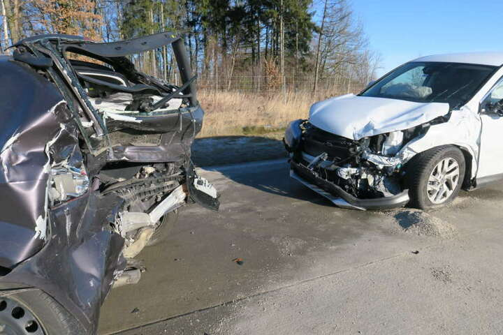 Der Honda war in Folge des Unfalls noch auf den Audi geprallt.