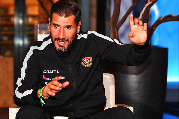 Cristian Fiel arbeitete nicht nur beim Training mit Gestiken, auch beim Abschluss-Interview.