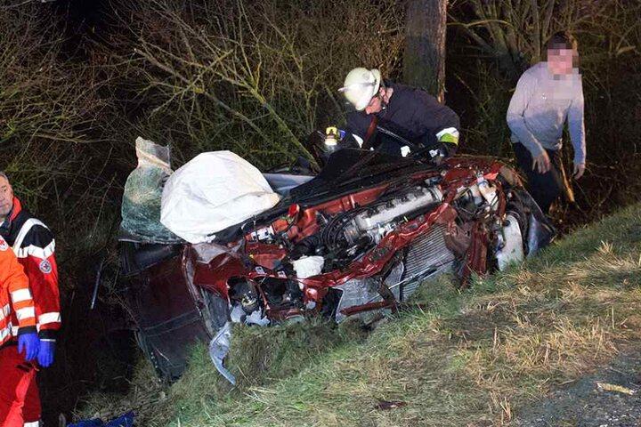 Das Leben des Fahrers konnte nicht gerettet werden.