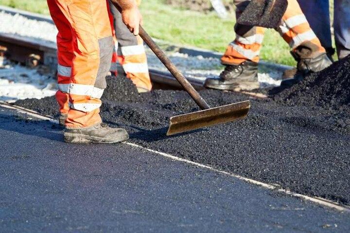 Mehrere Straßen in Bielefeld werden zur Baustelle. (Symbolbild)