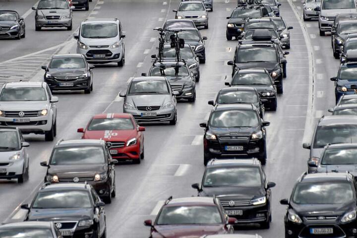 Auch nach Pfingsten kann es auf der Autobahn zuStaus kommen.