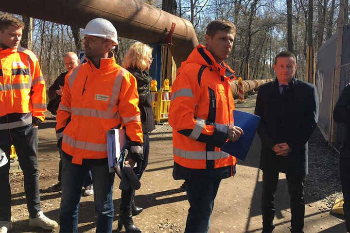 Gemeinsam mit den Experten von den Leipziger Wasserwerken ging es am Freitag in die Kanalisation.