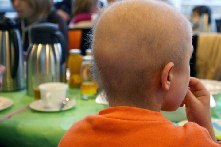 Zwei Vorstände eines Kinderkrebshilfe-Vereins sollen Spendenmitteln veruntreut haben. (Symbolbild)