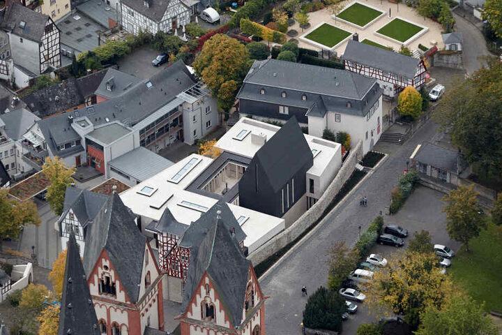 Ein Luftbild des ehemaligen Wohnsitzes von Ex-Bischof Tebartz-van Elst.