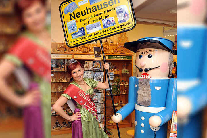 Prinzessin Manja gehört zum Hofstaat im Nussknackermuseum in Neuhausen.