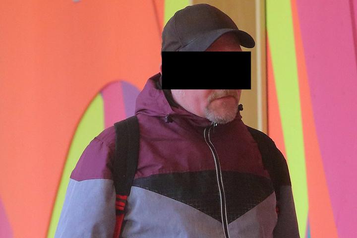 Kay F. (37) muss wegen eines Wischmopp-Angriffs und anderer Delikte hinter  Gitter.