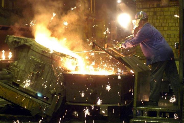 Bei Halberg Guss in Leipzig werden Motorblöcke hergestellt. Diese Gießerei und drei weitere im Raum Leipzig werden am Montag auch bestreikt.