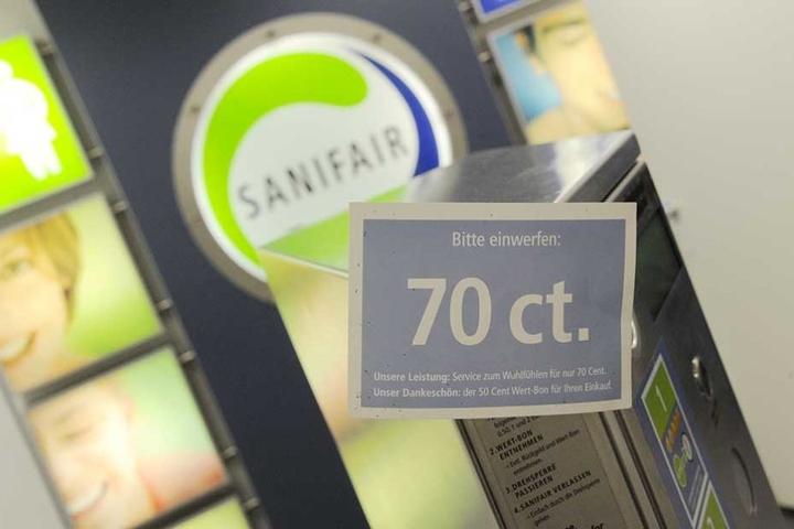 70 Cent für die Toilettenbenutzung ist dem Kabarettisten ein Dorn im Auge. Er will die kostenlose Nutzung durchsetzen.
