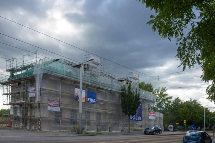 """Die alte """"Melkus-Villa"""" bildet den Startschuss für die Hafencity-Bebauung."""